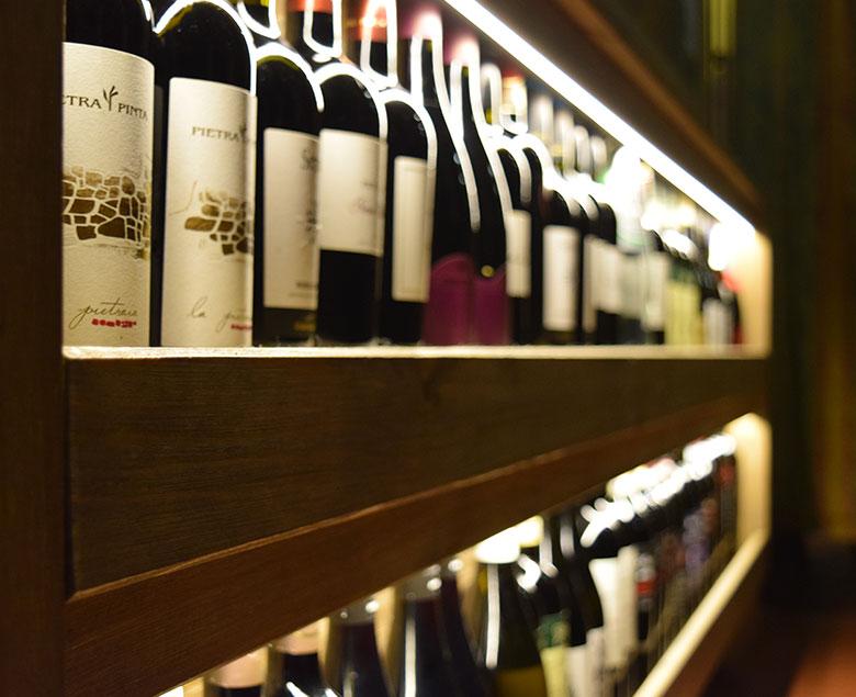 Bottiglie di vino dei Castelli Romani